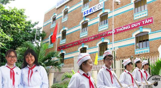 Học sinh Trường Duy Tân hưởng ứng Ngày Pháp luật năm 2017