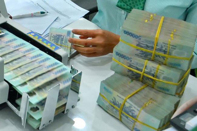 Ngân hàng phá sản, tiền gửi của dân được giải quyết thế nào?