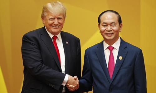 Chủ tịch nước, tổng thống Mỹ điện đàm