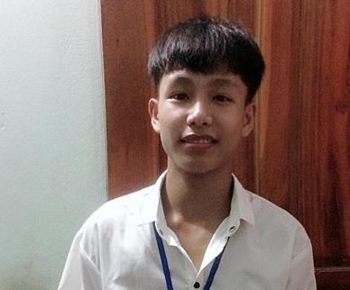 Nam sinh Nghệ An học chương trình đại học từ lớp 10