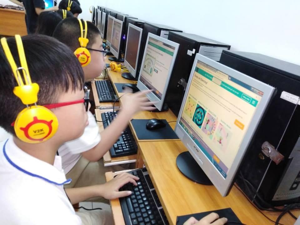 Tại sao các trường nên dạy môn khoa học máy tính như một chương trình của tương lai.... - Hadi Partovi code.org