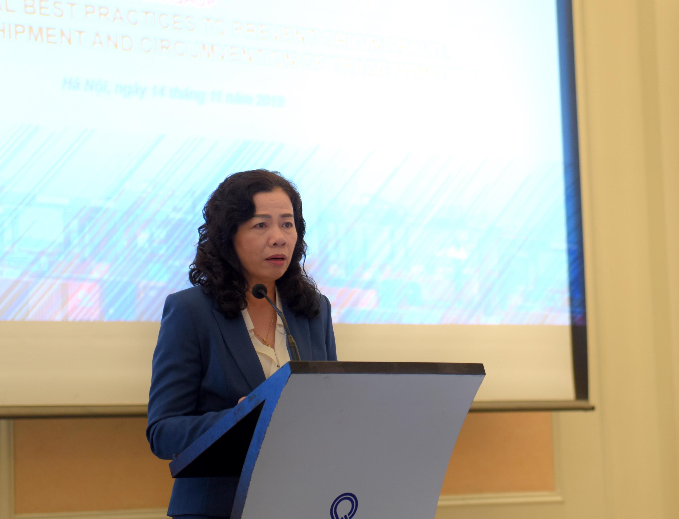 Khẩn trương lấp lổ hổng, xử lý hàng hóa 'mượn đường' Việt Nam