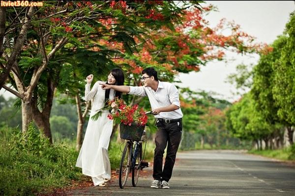 SẮC HOA MÙA HẠ-Hương Thảo <br> Bài tham gia hội thơ DUY TÂN chủ đề: Quê hương giàu đẹp