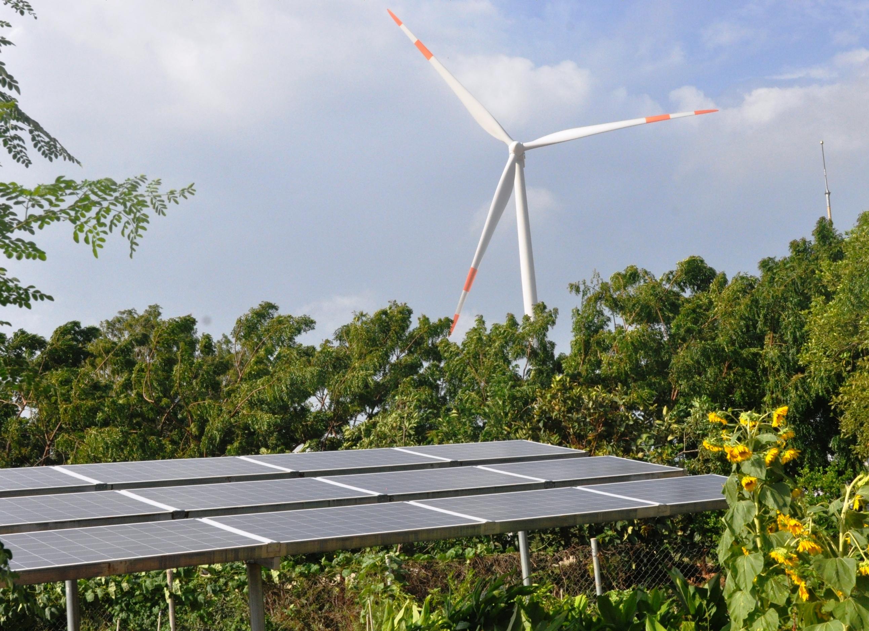 """Vận hành hệ thống điện trong bối cảnh """"bùng nổ"""" năng lượng tái tạo"""